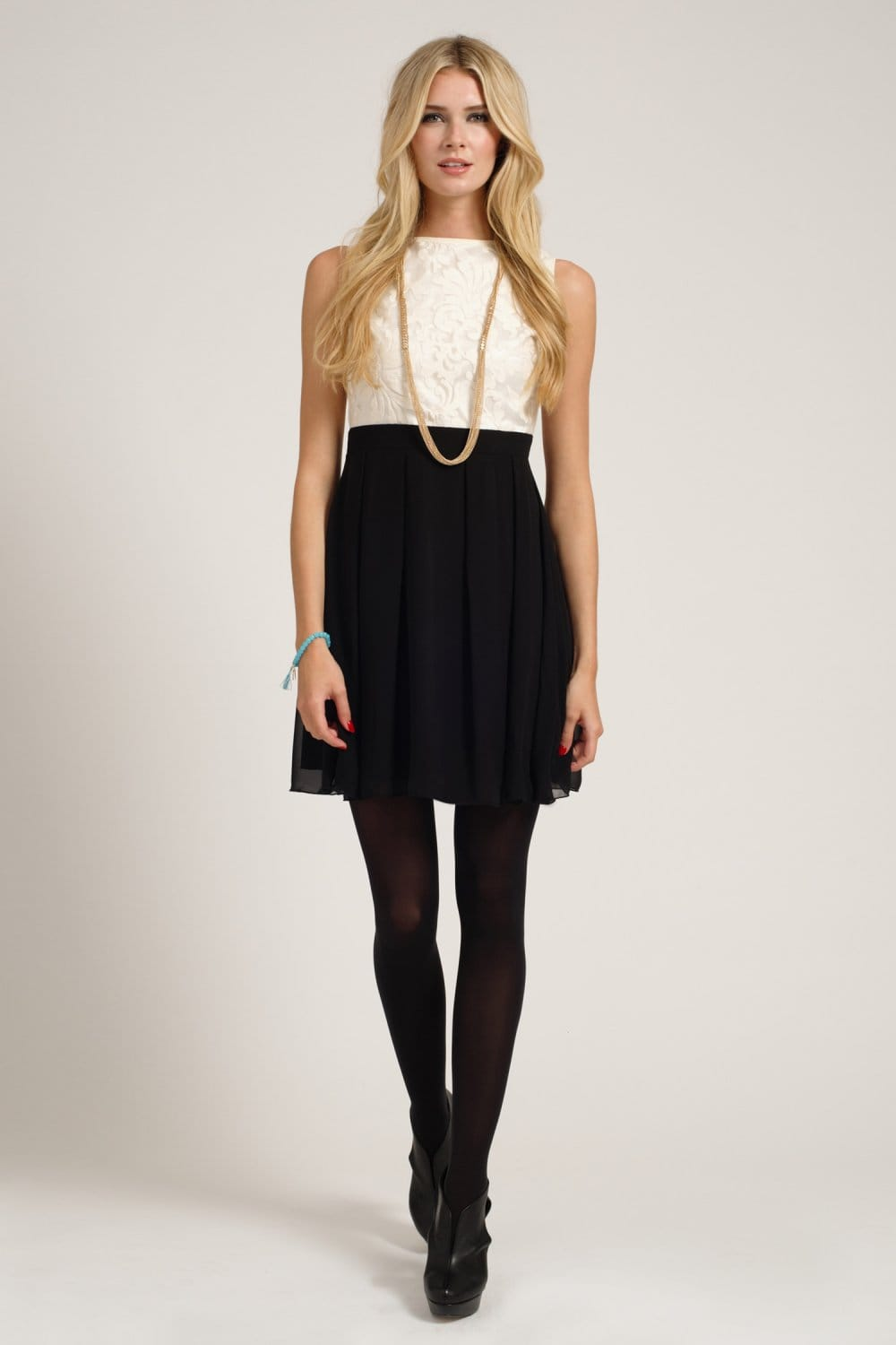 Cream Amp Black Embroidered Lace Detail Sleeveless Fit