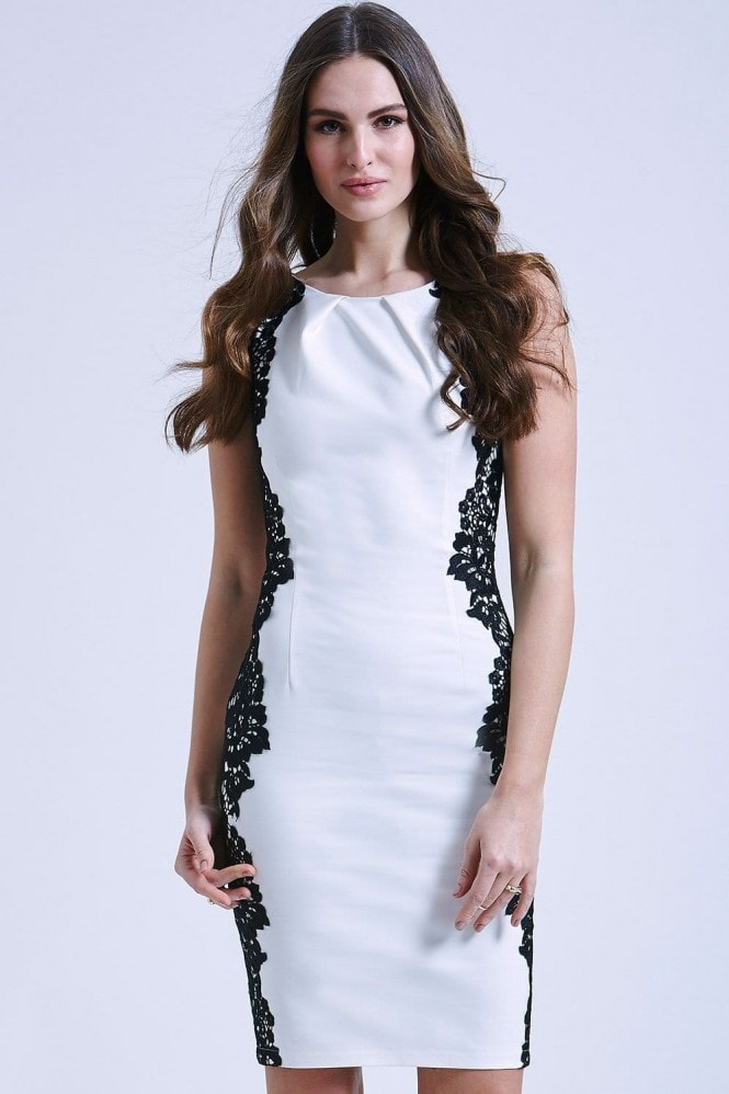 Paper Dolls White and Black Sleeveless Lace Dress