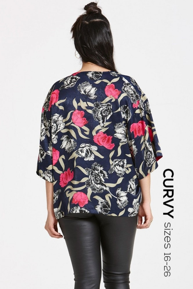 Outlet Girls On Film Navy Floral Print Kimono