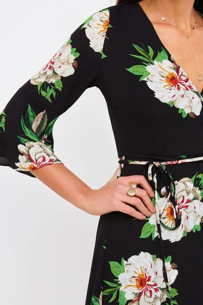 Girls on Film Black Floral Print Midi Dress
