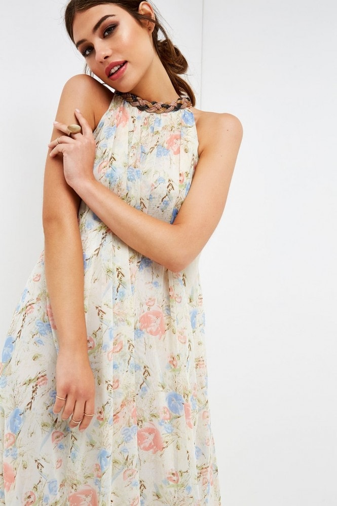 Outlet Girls On Film Floral Halter Maxi Dress