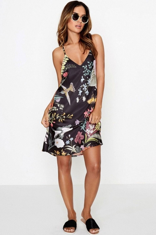 Outlet Girls On Film Black Floral Print Dress