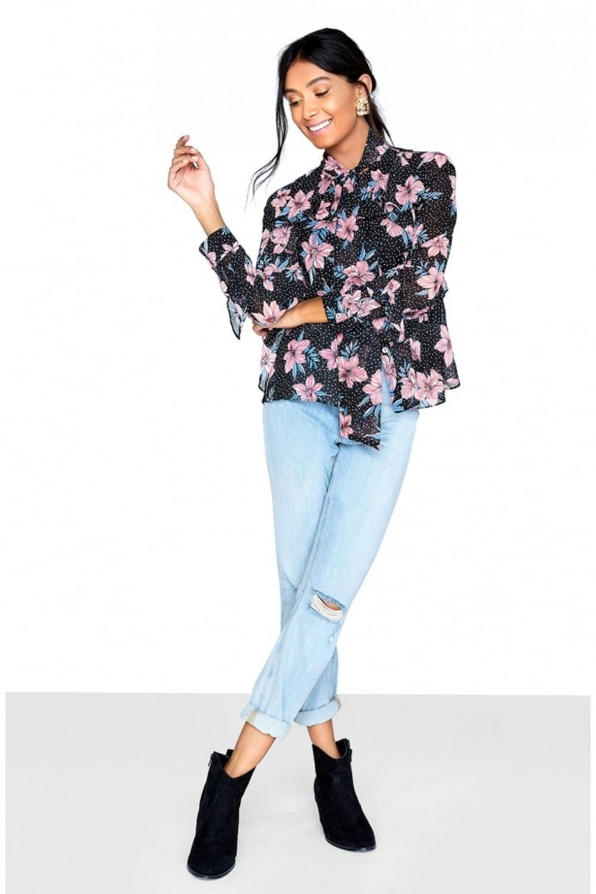 Outlet Girls On Film Printed Blouse