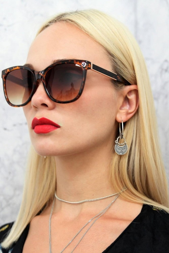 Cara Square Sunglasses In Tortoiseshell