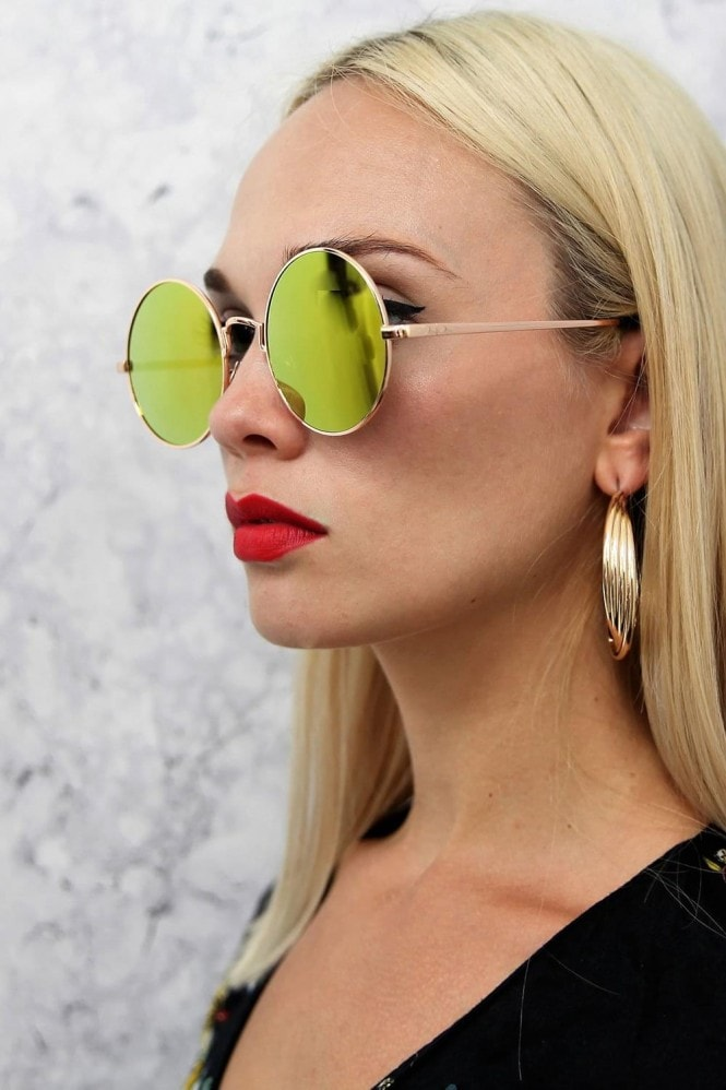 Alek Round Mirror Sunglasses In Gold