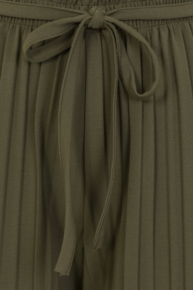 Aurora Pleat Trouser