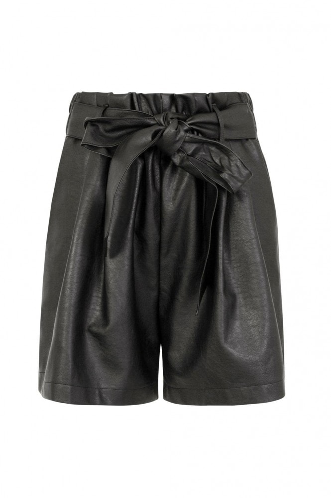 Outlet Girls On Film Discovery Leather Shorts
