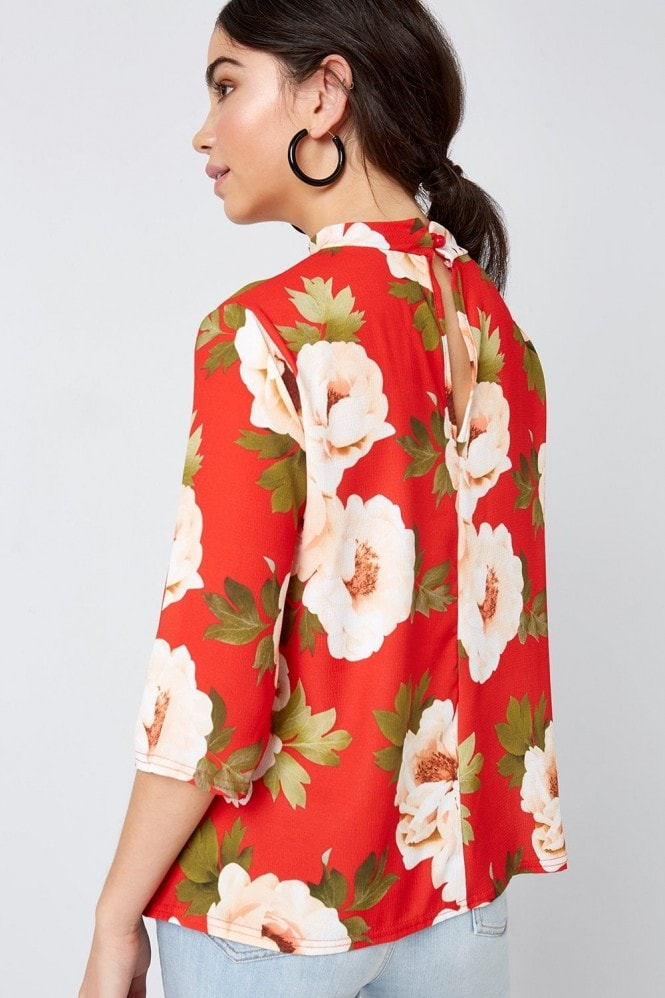 Outlet Girls On Film Red Floral Print Choker Top
