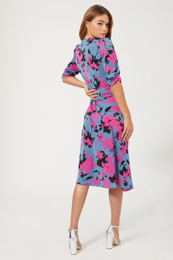 Girls on Film Honor Floral-Print Ruched Midi Dress
