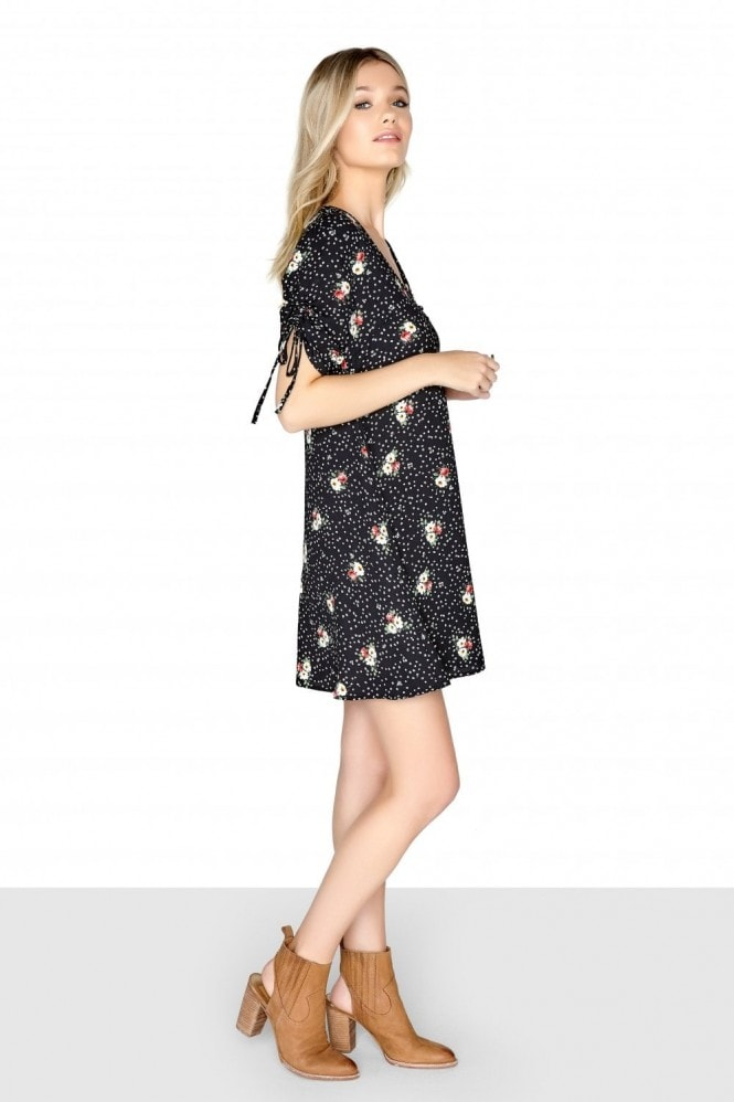 Girls on Film Ditsy Floral Tea Dress