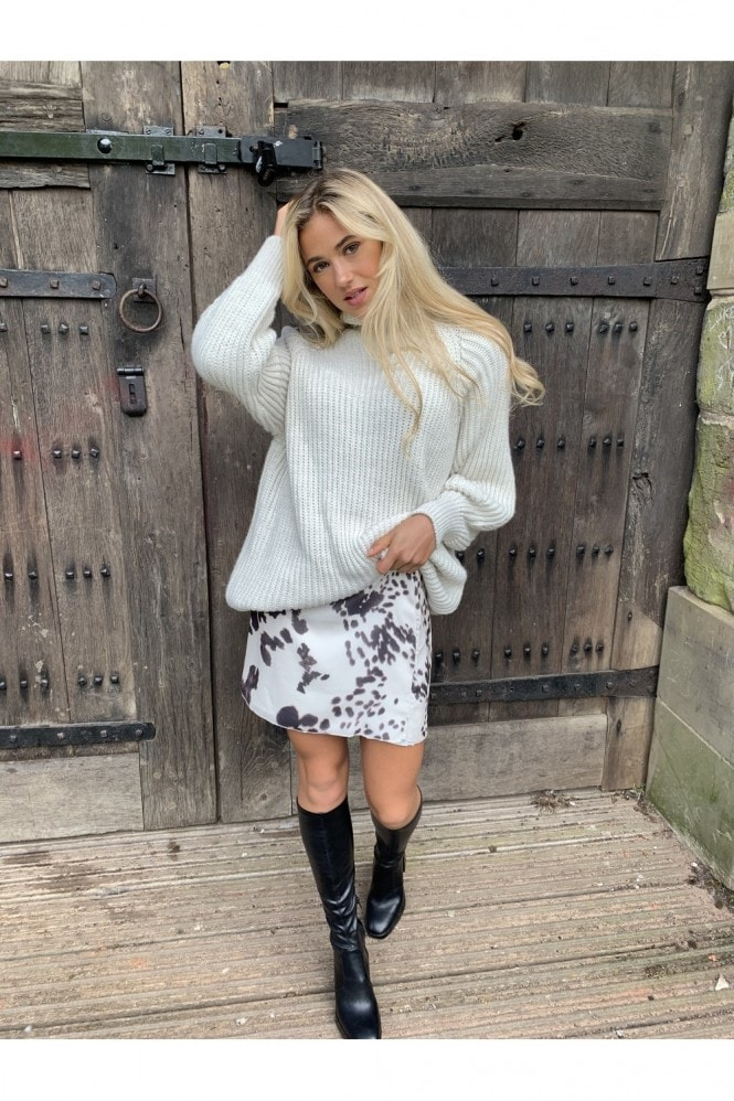 White Rib Knit Oversized Jumper