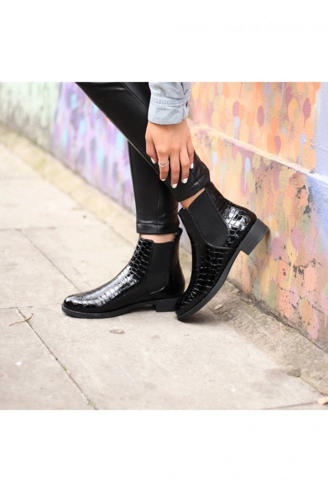 Linzi WILLOW - Black Patent Croc Classic Chelsea Boot With Elasticated Gusset
