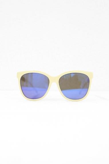 Cara Square Sunglasses In Cream