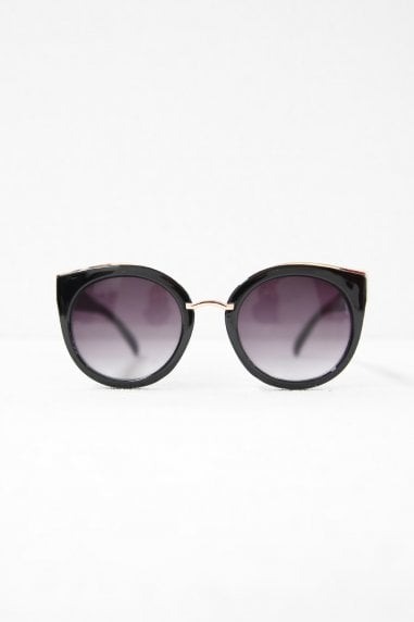 Tyra Retro Sunglasses In Black