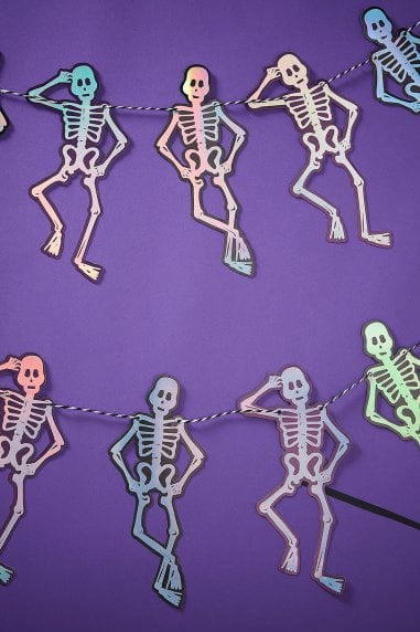 Creep It Real Skeleton Bunting