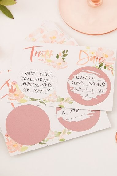 Ginger Ray Floral Truth Or Dare Hen Scratch Game