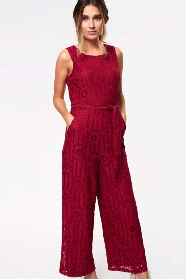 Donna Occasion Crochet Jumpsuit in Wine