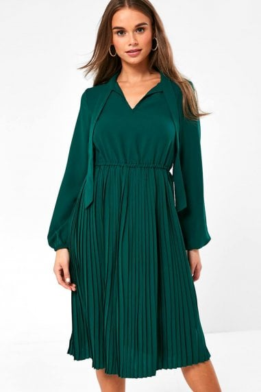 Rio Pleated Dress in Green