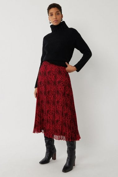 RED LEOPARD PLEATED SKIRT