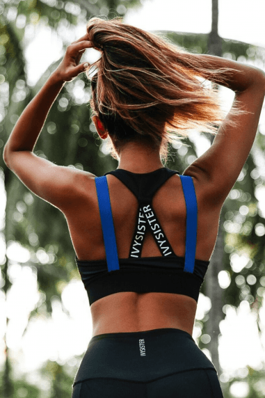 Chicago Sports Bra in Black/Blue.
