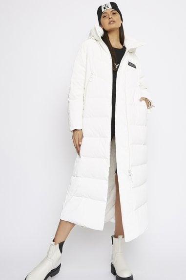 THE 'OBEY' PUFFER COAT