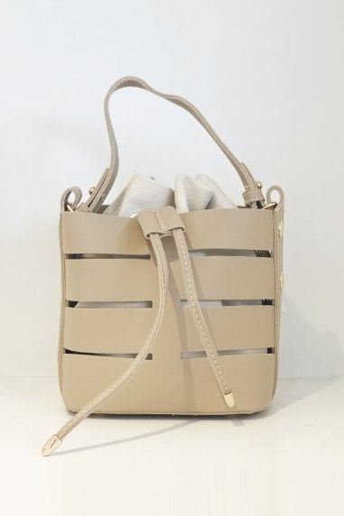 Out Shoulder Bag Bucket Handbag In Nude