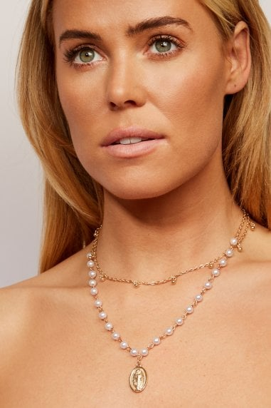 Christopher pearl necklace