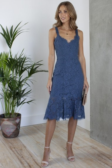 Peplum Hem Fitted Lace Midi Dress in Navy Blue