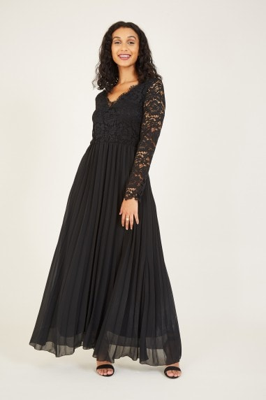 Mela Black Lace Pleated Maxi Dress