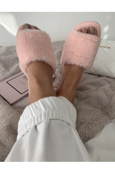 Pink Fluffy Slipper