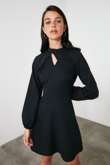 Little Mistress x Trendyol Black Collar Detailed Dress