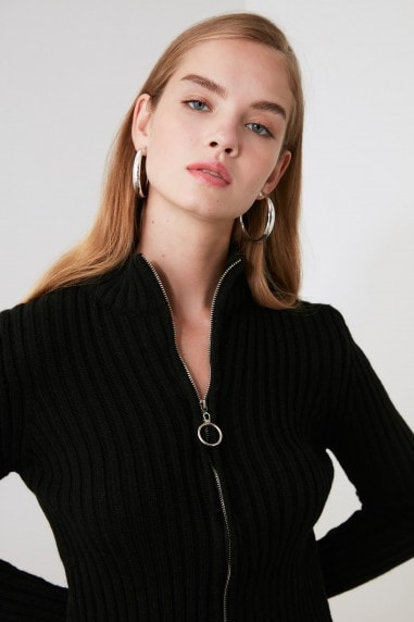 Little Mistress x Trendyol Black Ribbed Zip Cardigan