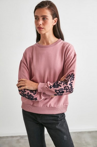 Little Mistress x Trendyol Rose Jumper With Embroidery Sleeve