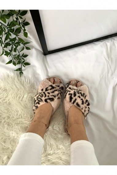 Pink Leopard-Print Faux-Fur Crossover Slippers