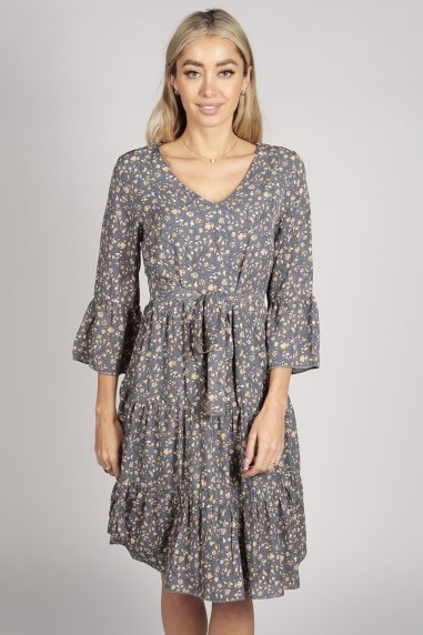 LONG SLEEVE FLORAL TIER DRESS IN BLUE