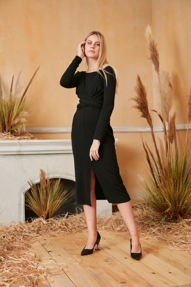 Knitted Long Sleeve Wrap Midi Dress in Black