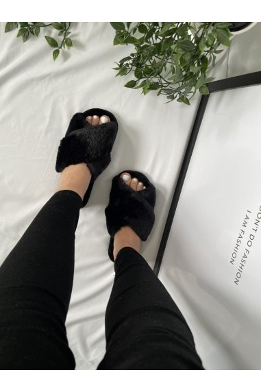 Black Faux-Fur Fluffy Crossover Slippers