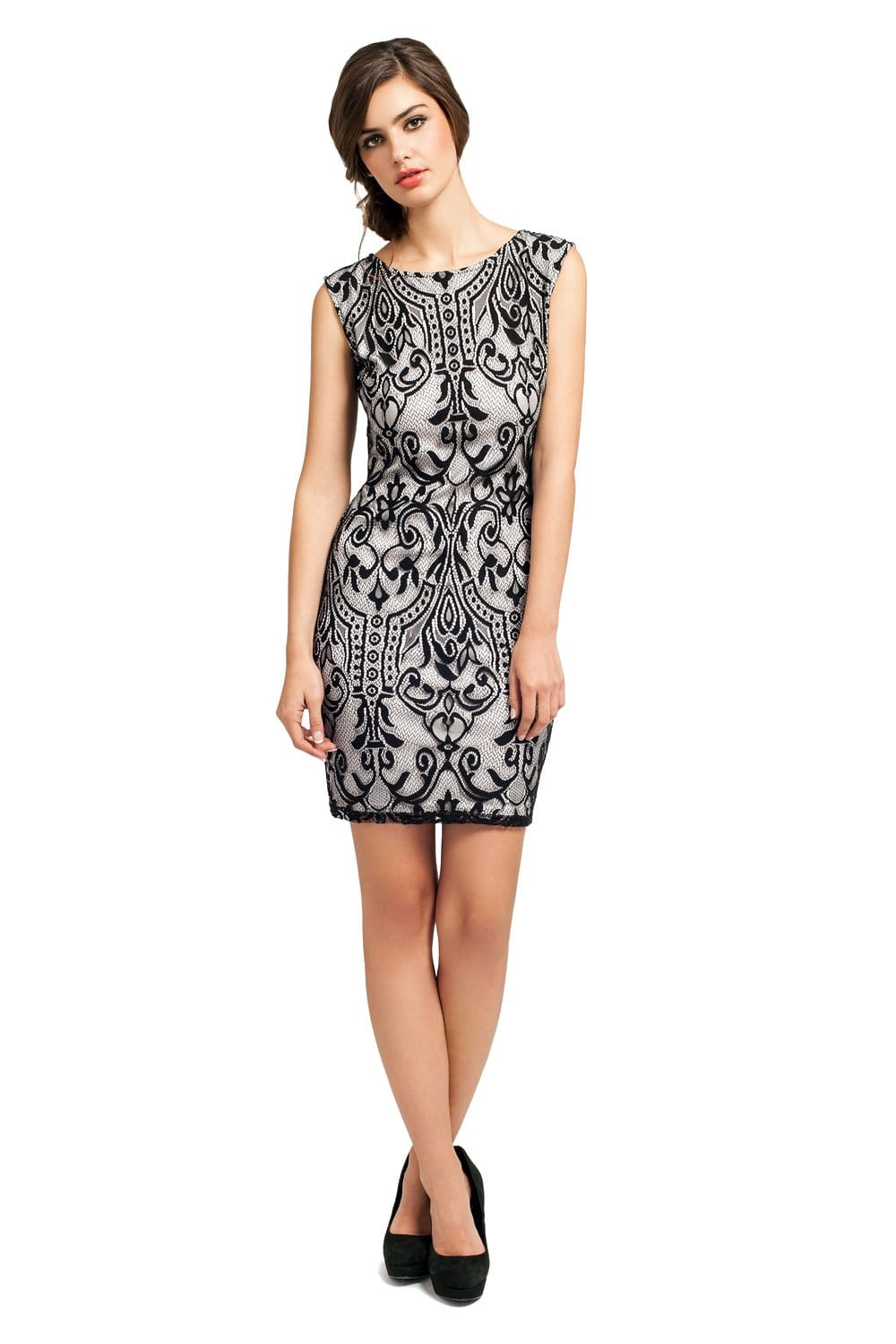 Black and white bodycon dress at home
