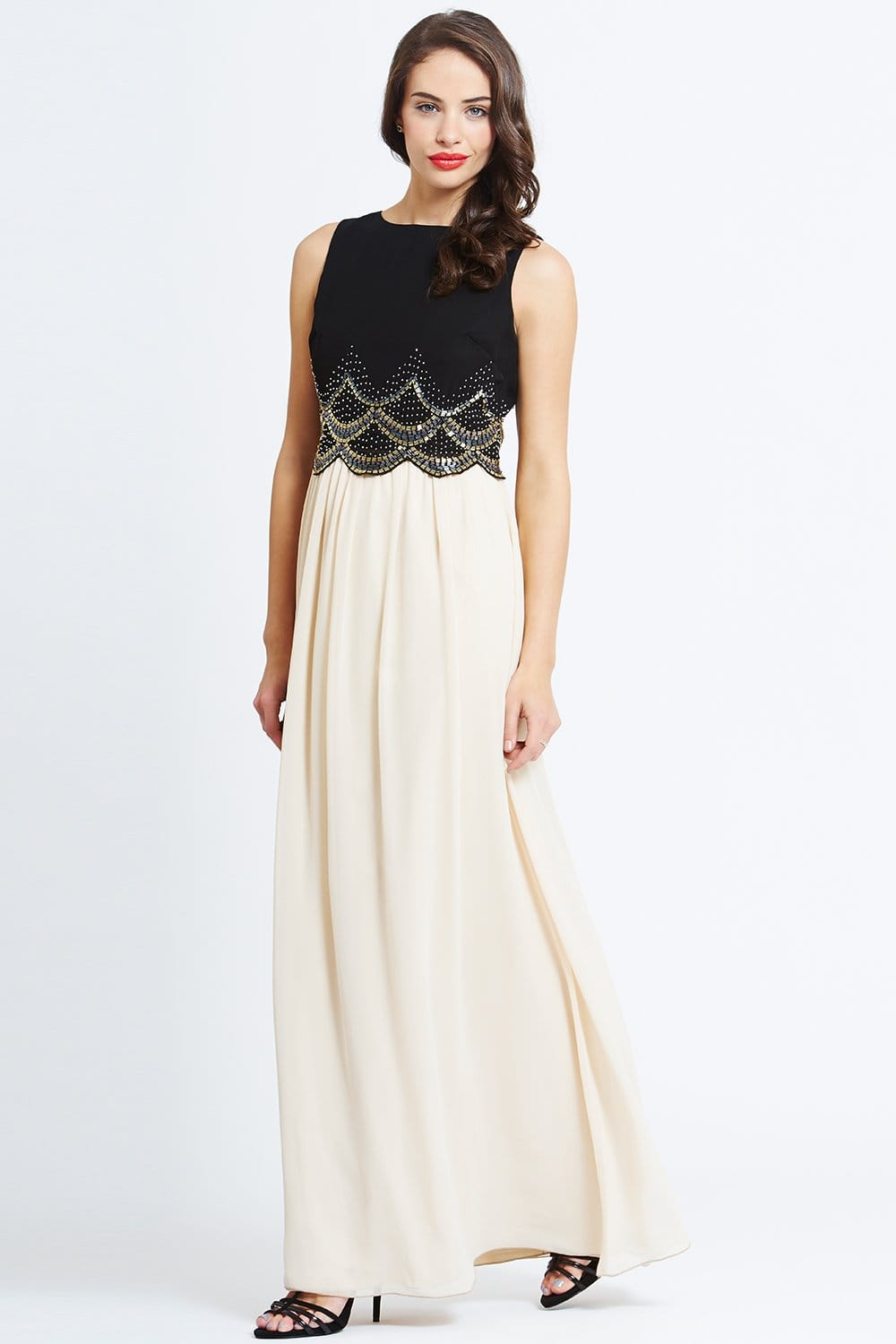 Dresses. QUIZ has you sorted with an incredible collection of dresses for FW18 to help you start the new season. Featuring all of the hottest styles for , including beautiful pastel and printed styles on top of knock out maxis and elegant midis, we have all of the fall- and winter-ready dresses you need.