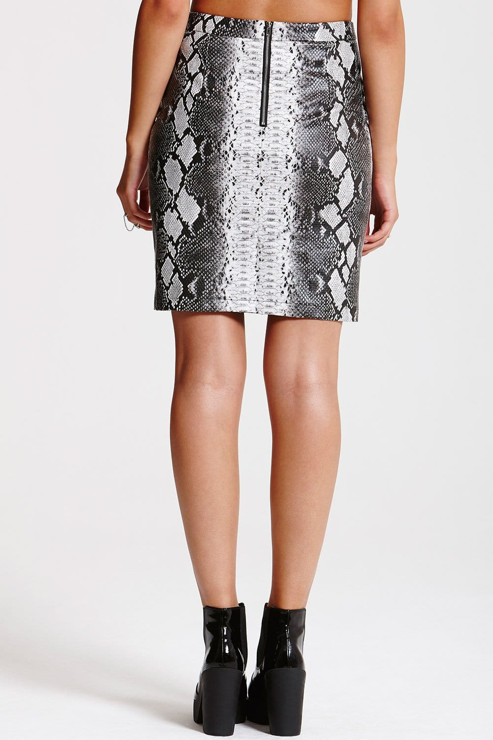 Outlet Girls On Film Grey Snakeskin Pu Leather Mini Skirt