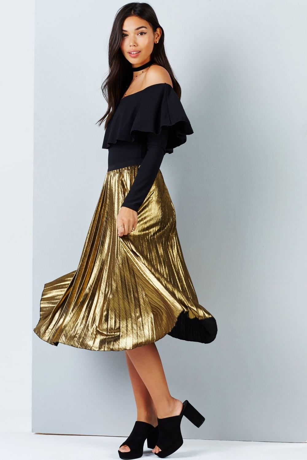 74565ca50fc5 Outlet Girls On Film Gold Midi Pleat Skirt - Outlet Girls On Film ...